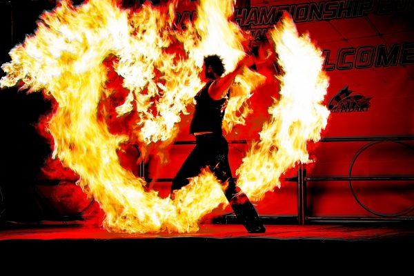 05 Bruno Cristo Morto - Gioco di fuoco