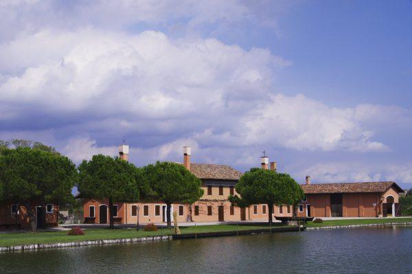 10 Raffaele Marchesan - Al di là del fiume...