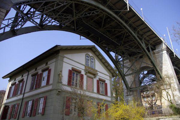 6 Luigi Xausa - Vivere sotto i ponti